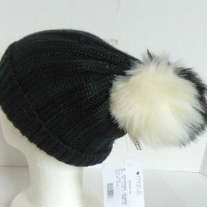 BCBG Beanie Knit Ribbed Cap Pom New